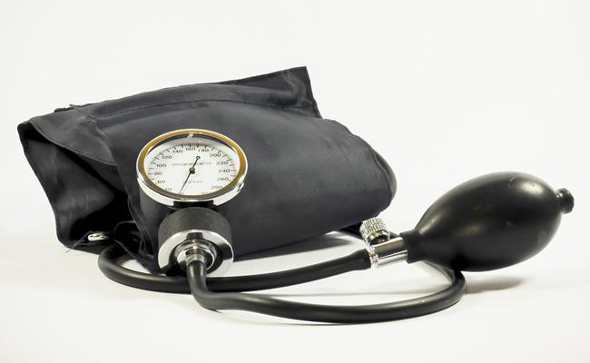 Tension artérielle : pourquoi calcule-t-on la tension ? Comprendre les résultats